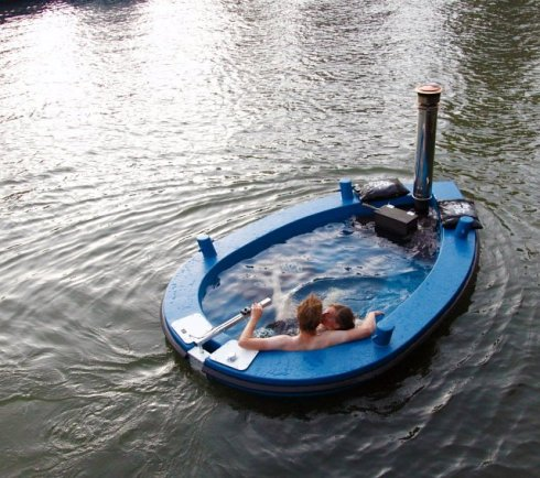 My Jacuzzi Boat