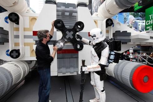 Star-Wars-X-Wing-Lego4-640x426