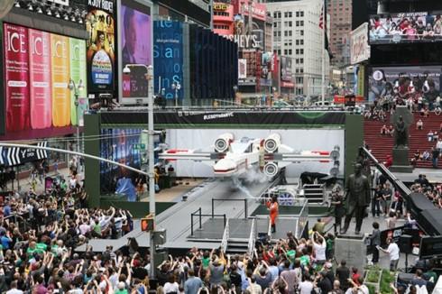 Star-Wars-X-Wing-Lego5-640x426