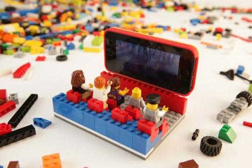 lego-belkin-iphone-5-case-3