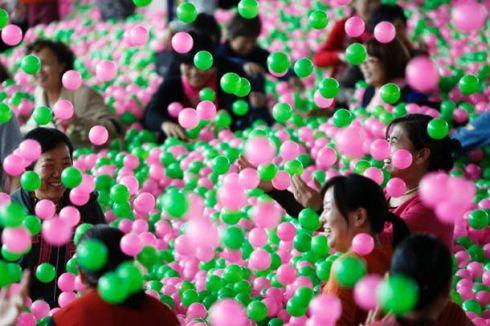 world-largest-ball-pool-china-7