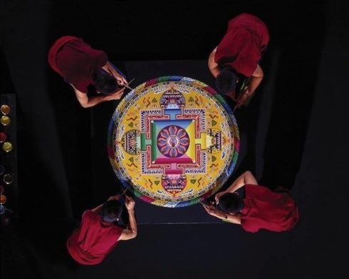 Creating-From-a-Grain-of-Sand-by-The-Tibetan-Monks-1