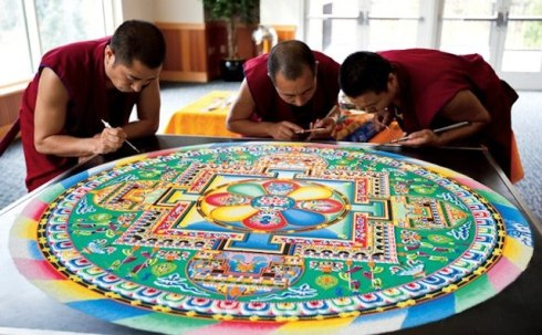 Creating-From-a-Grain-of-Sand-by-The-Tibetan-Monks-2