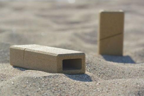Sand-Packaging-by-Alien-Monkey1-640x426
