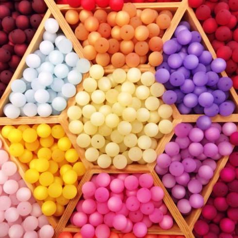 colors-everyday-ufunk-fotolia-7