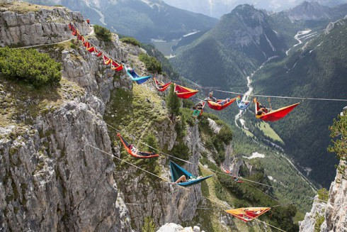 Highline-Suspended-Hammocks-4