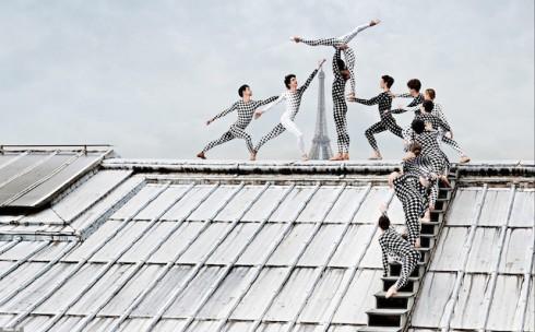 Rooftop-Dancers-in-Paris-by-JR-8