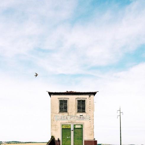lonelyhouses-1