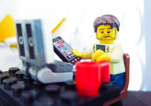 LEGO-Portrait-Two-Three-Bricks-top