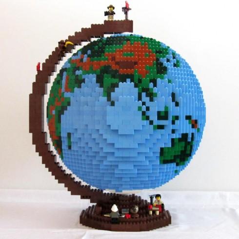 LEGO-terrestrial-globe-10