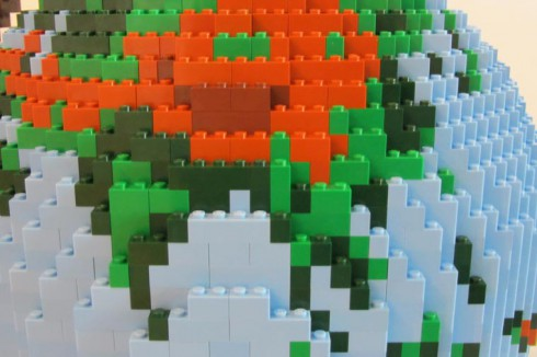 LEGO-terrestrial-globe-12