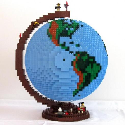 LEGO-terrestrial-globe-3