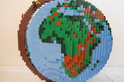 LEGO-terrestrial-globe-6