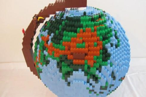 LEGO-terrestrial-globe-8