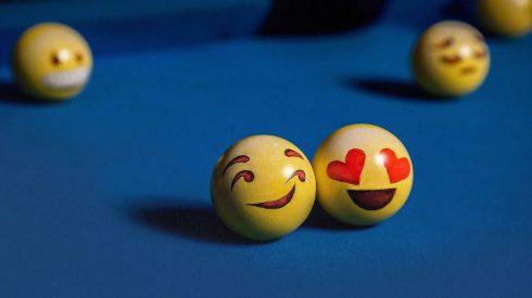 Cute-and-Funny-Poolmoji-Set4-900x506