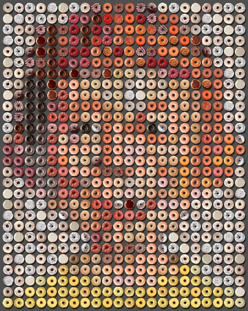 Portraits-of-Famous-People-Made-with-Donuts6-900x1126