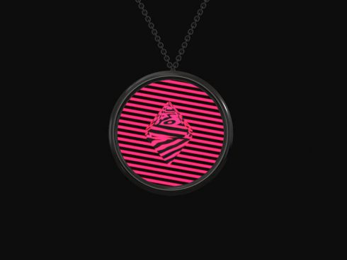Revolutionary-Customizable-Digital-Necklace4-900x675