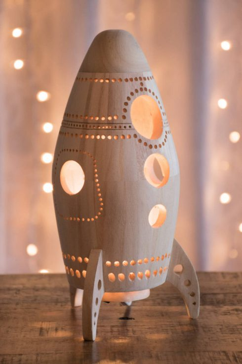 Cute-Wooden-Night-Lamps2-900x1351