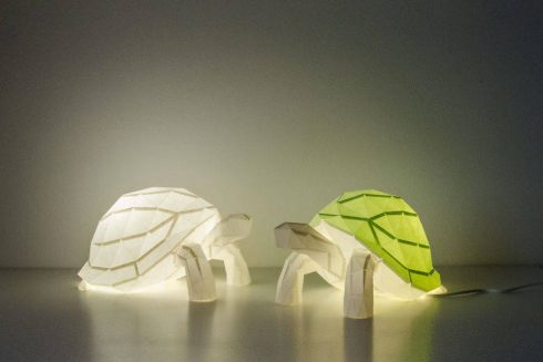 origami-inspired-wildlife-paper-lamps-3-900x600